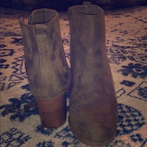 Old Navy Army Green Booties